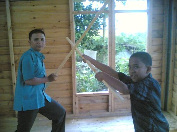 Latih tanding dengan Milzan