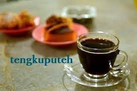 Setelah revolusi selesai, warung kopi adalah sejenis surga yang ada di bumi.