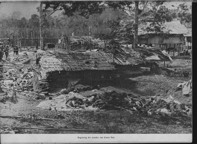 Kekejaman Belanda di Kampong Likat Tanah Gayo, anak-anak dan perempuan juga di bantai oleh tentara Belanda pimpinan Van Daalen. Perang Aceh (1873-1904)