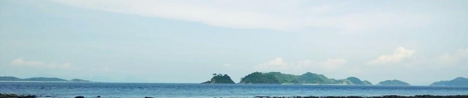 Laut adalah unsur yang sama sekali tanpa kesetiaan. Jangan percaya padanya atau ia akan menghabisimu dengan merendammu.