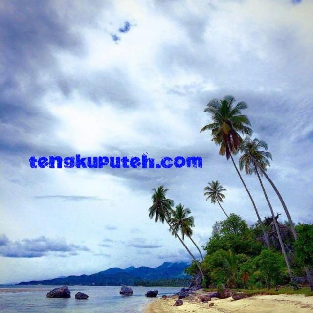 Pantai Pasir Saka Aceh Jaya.