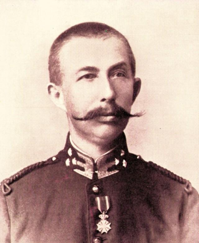 """Hendrikus """"Hendrik"""" Colijn (1869-1944) menjabat Perdana Menteri Kerajaan Belanda selama 2 periode; 4 Agustus 1925 sampai 8 Maret 1926 dan 26 Mei 1933 sampai 10 Agustus 1939 dari Anti Revolutionary Party (ARP) sekarang menjadi Christian Democratic Appeal (CDA) terlibat Perang Aceh sebagai Letnan Dua."""