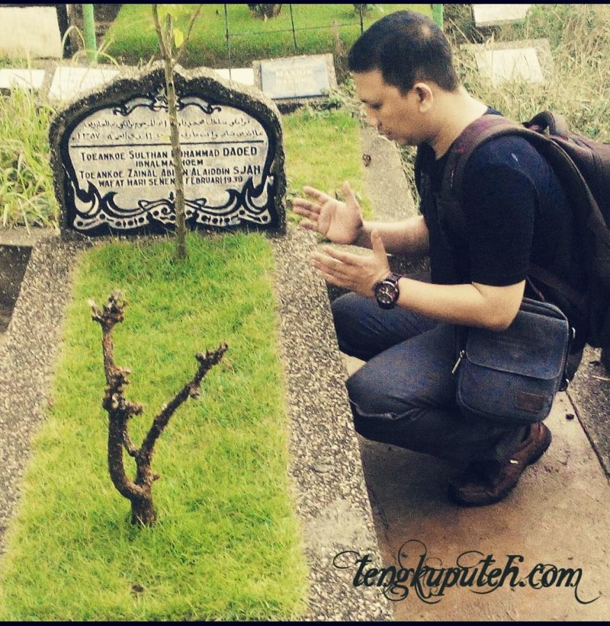 Berziarah ke makam Sultan Aceh terakhir Muhammad Daudsyah